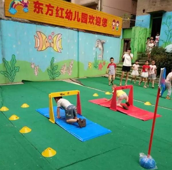 国际田联幼儿园成套软式体育器材的跨栏讲究一物多用,用心的老师会